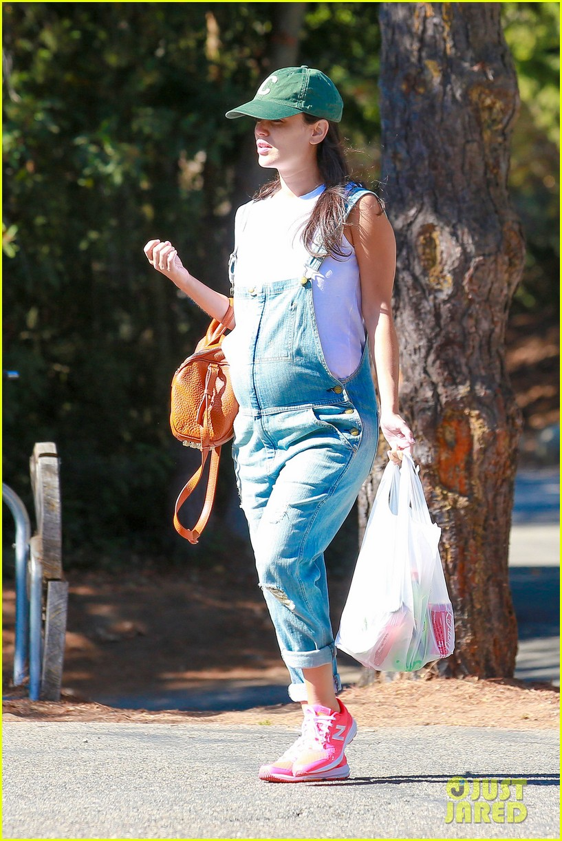 rachel bilson hayden christensen take another babymoon 11