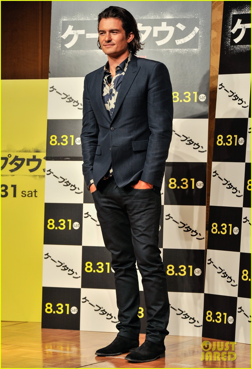 orlando bloom rocks suit at zulu japan 013184539