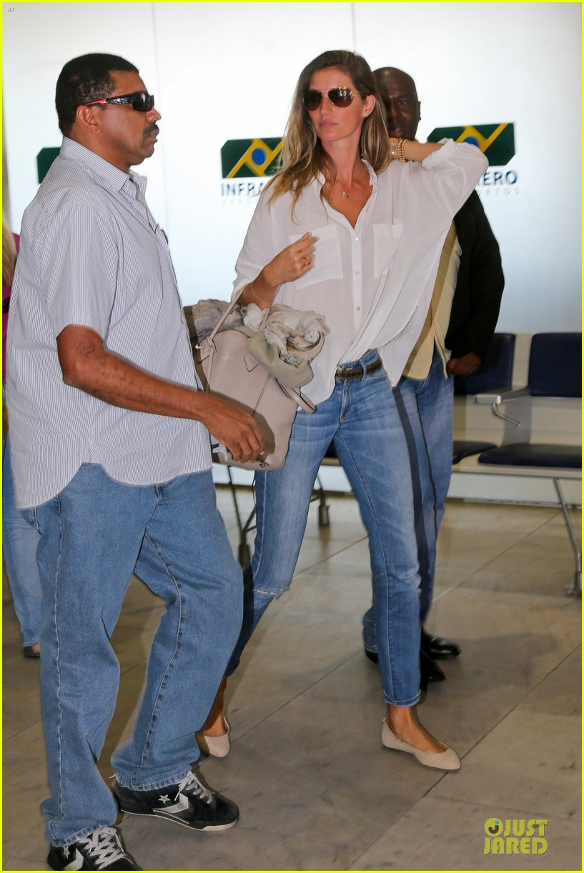gisele bundchen brazil after playing soccer 093182748