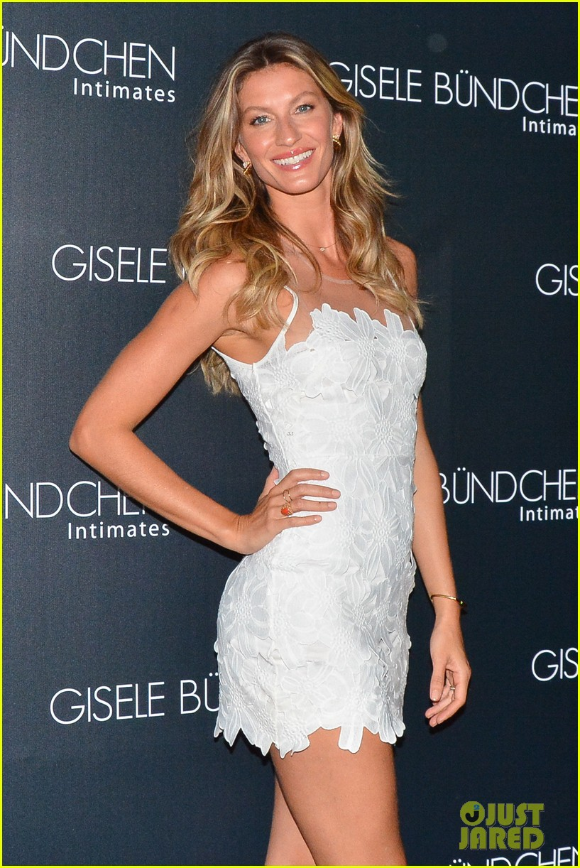 gisele bundchen launches her intimates line in brazil 06