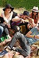 cara delevingne douglas booth mulberry wilderness picnic 07