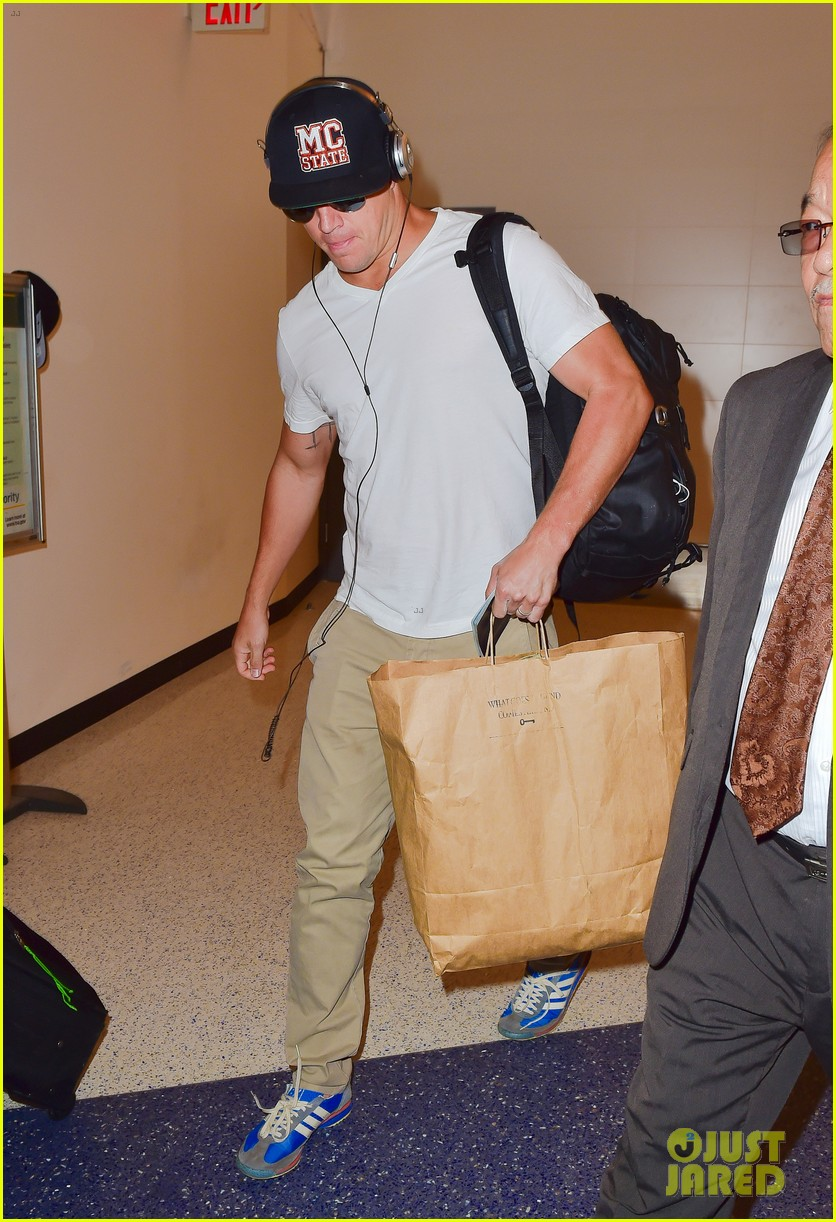 Channing Tatum Heads Out of LAX Airport Ahead of Teen Choice Awards ... Channing Tatum