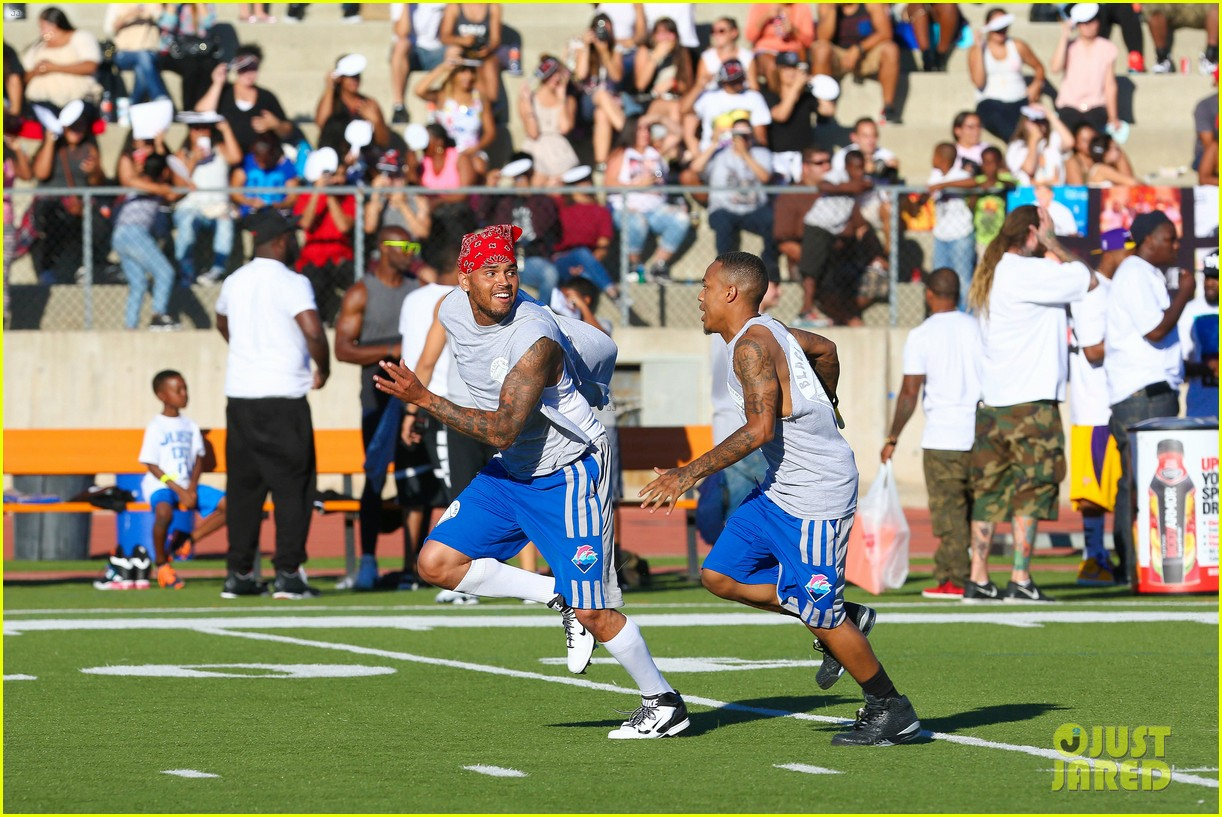 chris brown karrueche tran celebrity flag football game 123177902