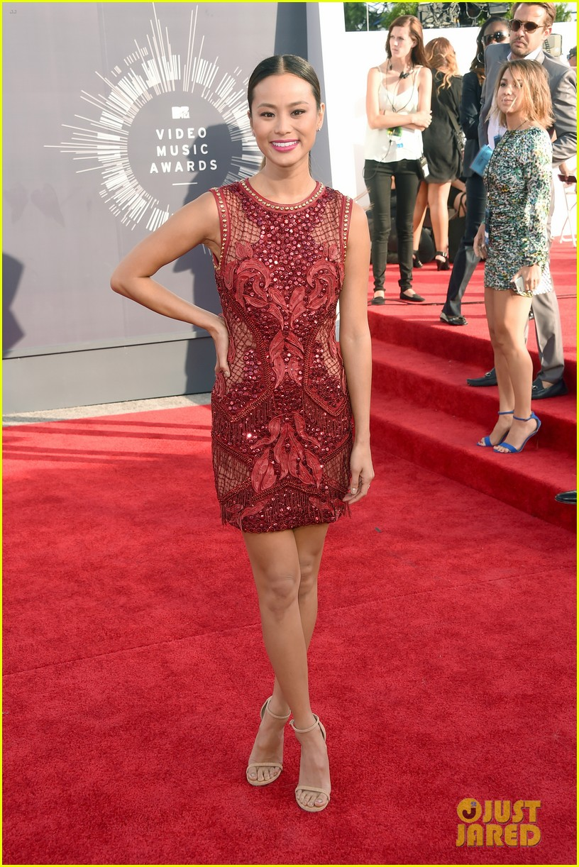 jamie chung lace red mtv vmas 01