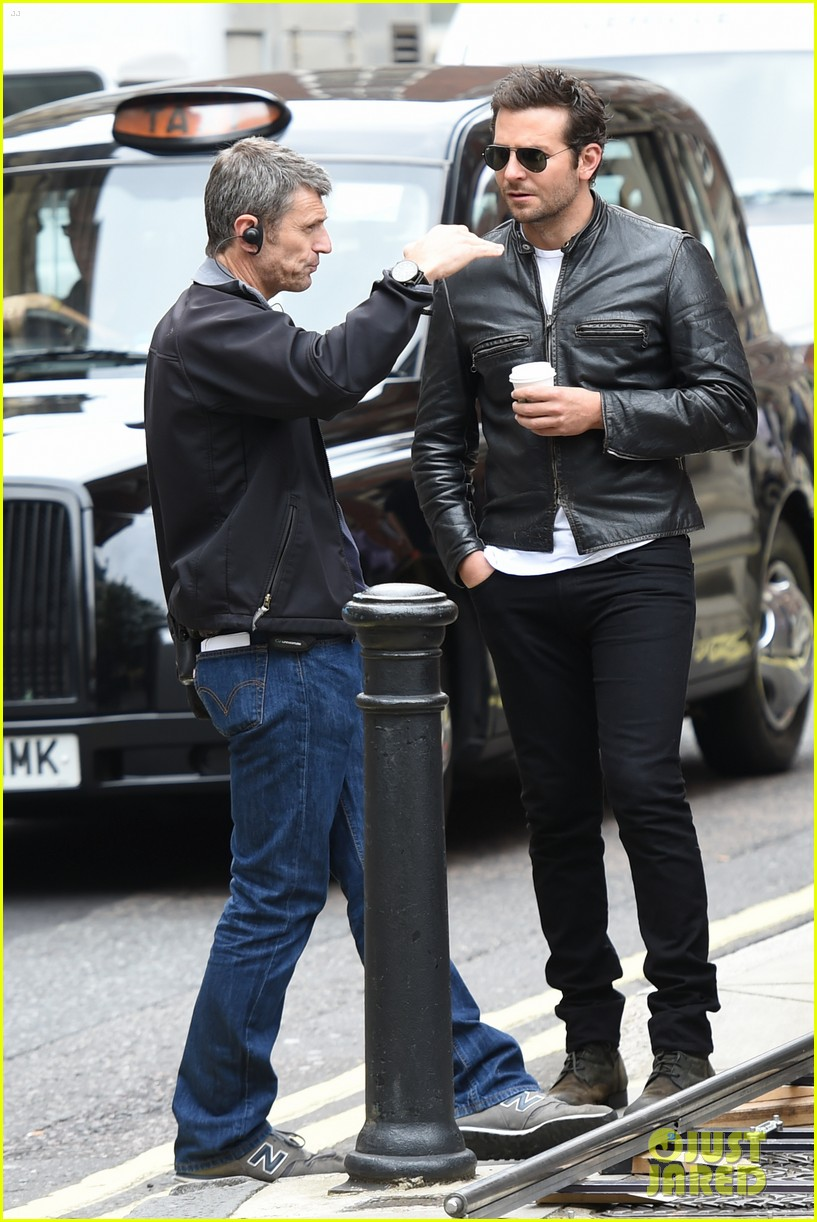 bradley cooper flashes mega watt smile on set 203185018