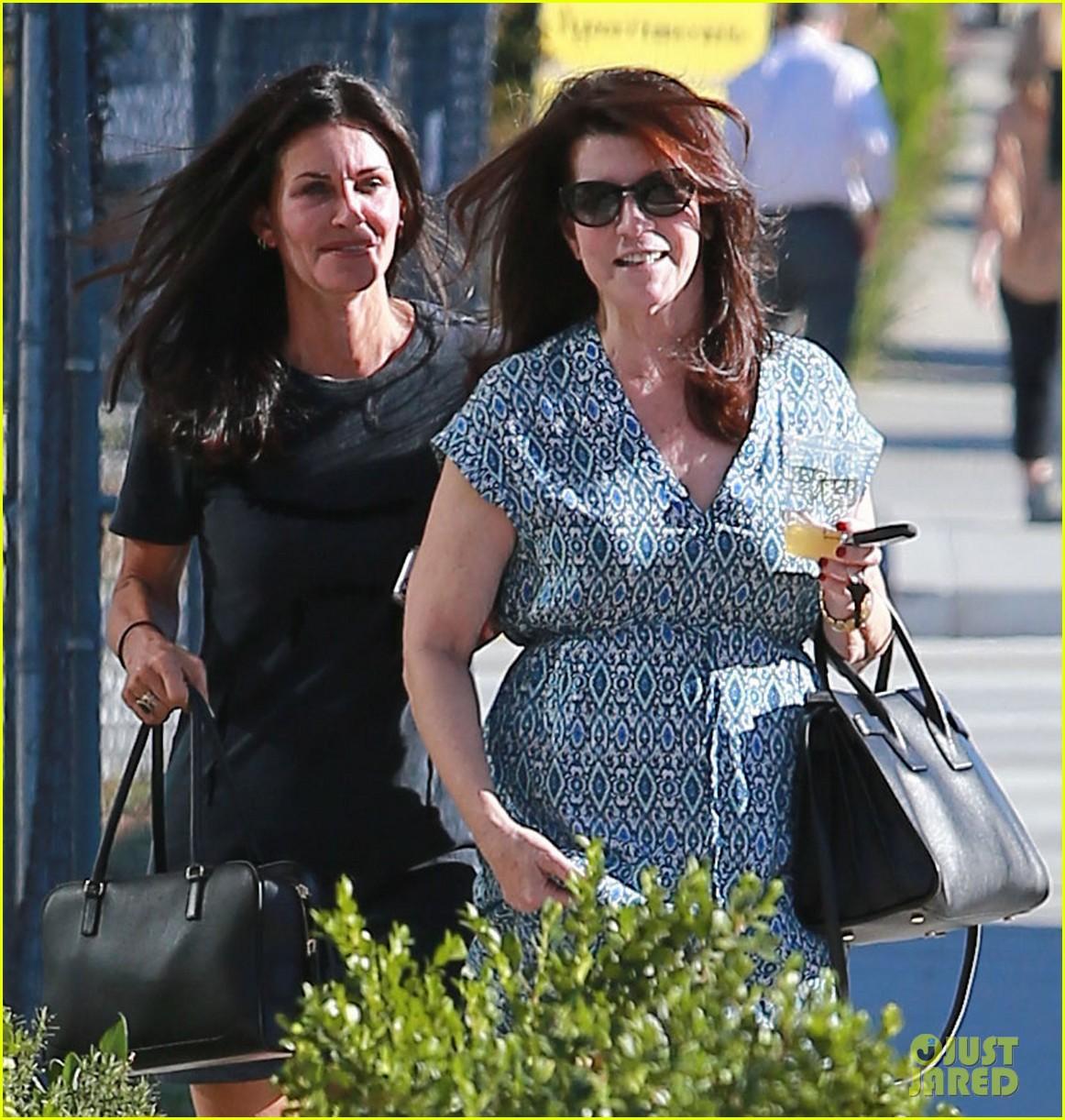 courteney cox steps out after friends ladies reunite 02