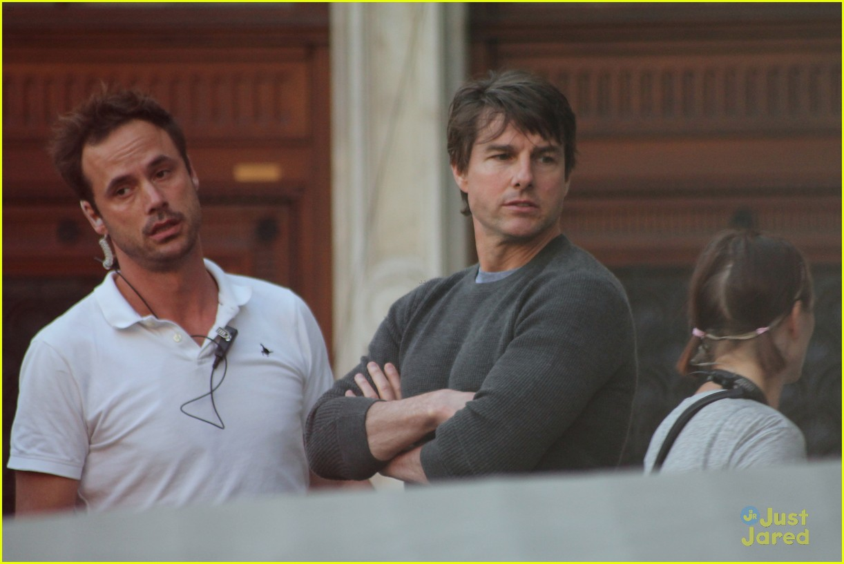tom cruise filming stunts mission impossible 053180506