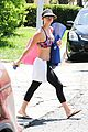 kaley cuoco isnt afraid to show abs 03