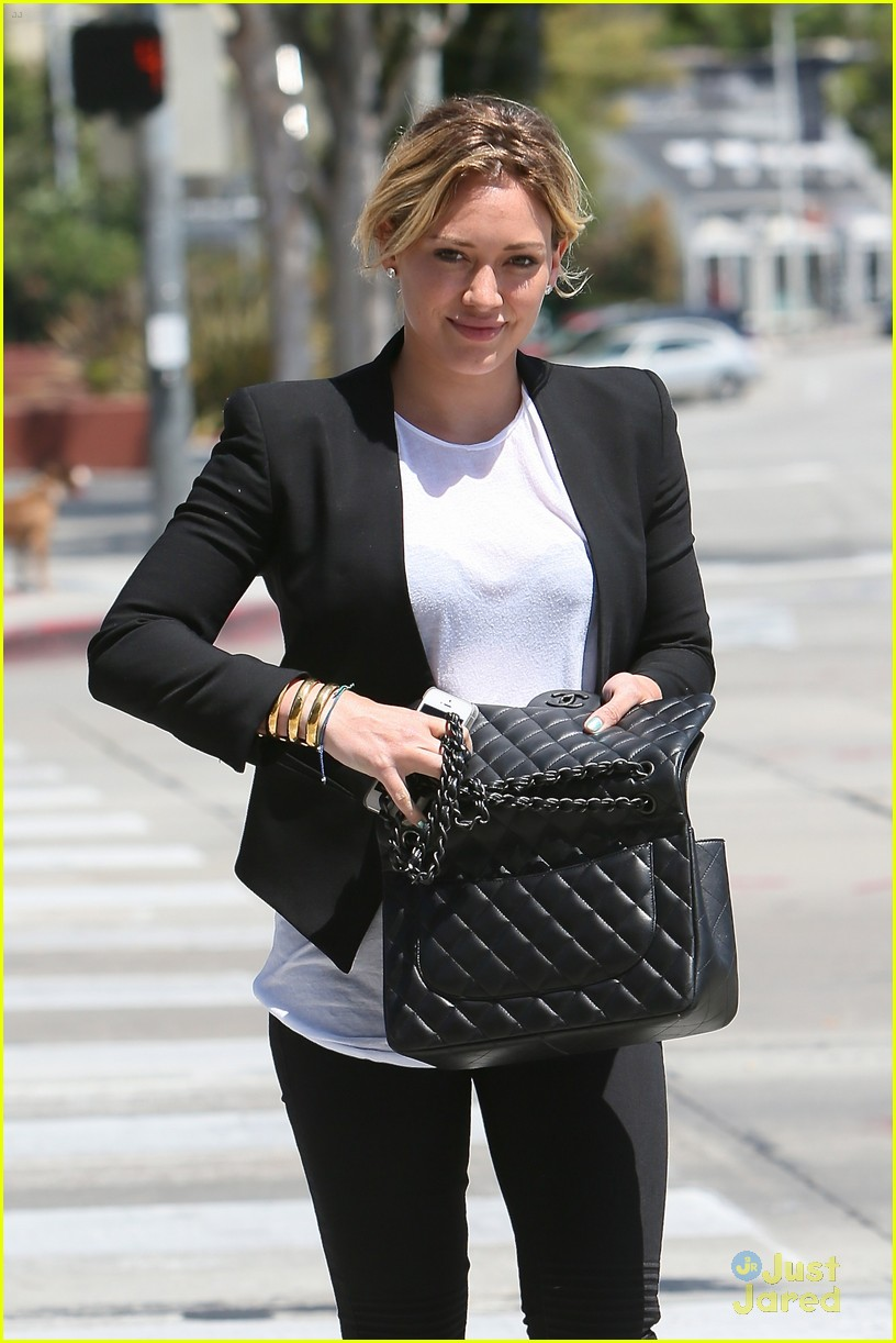 hilary duff steps out after new song 04