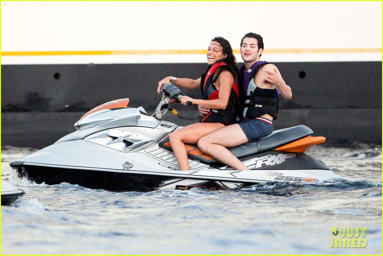 zac efron goes shirtless for jet ski fun with michelle rodriguez 28