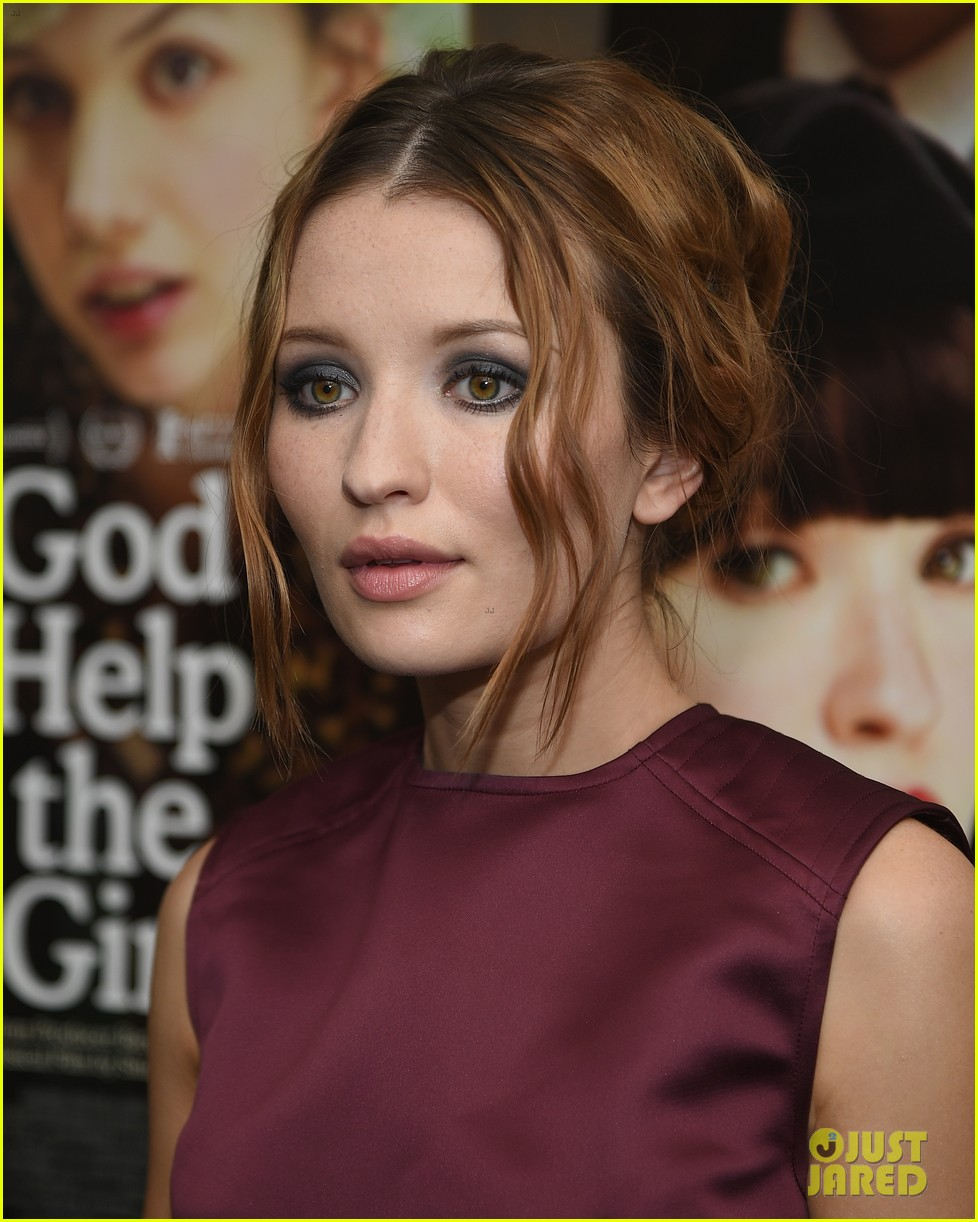 emily browning plum god help the girl nyc screening 03