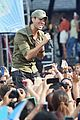 enrique iglesias brings down the house at gma 06
