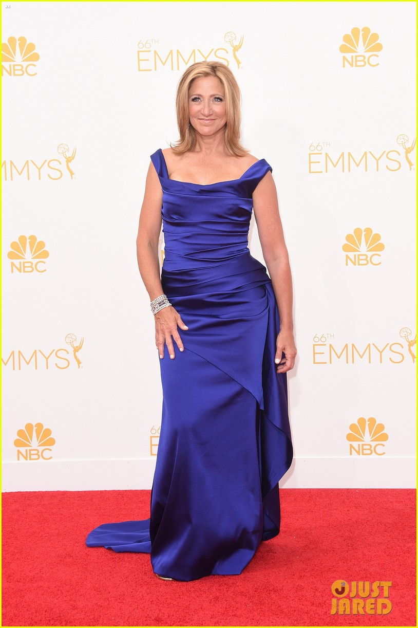 edie falco allison janney brighten up the emmys 2014 red carpet 06