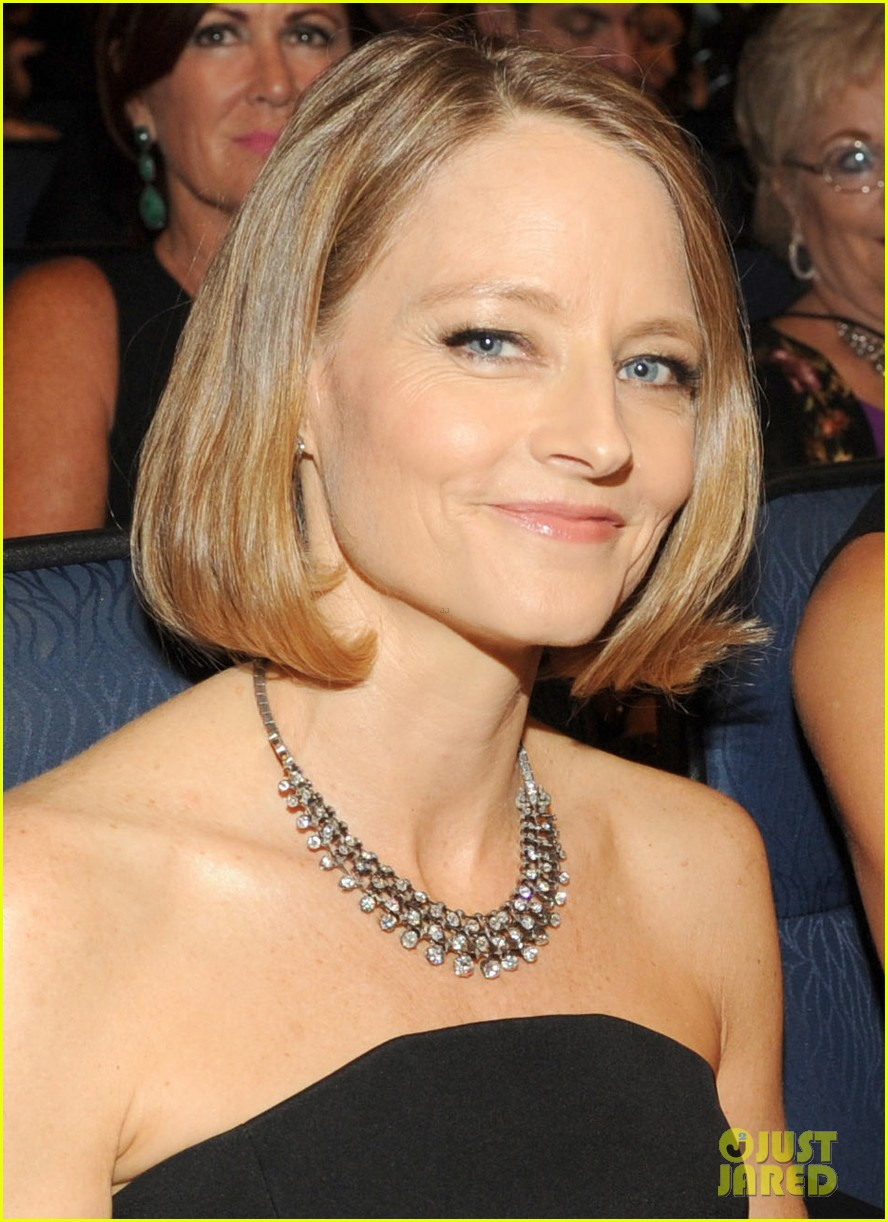 jodie foster wife alexandra hedison emmys 2014 01