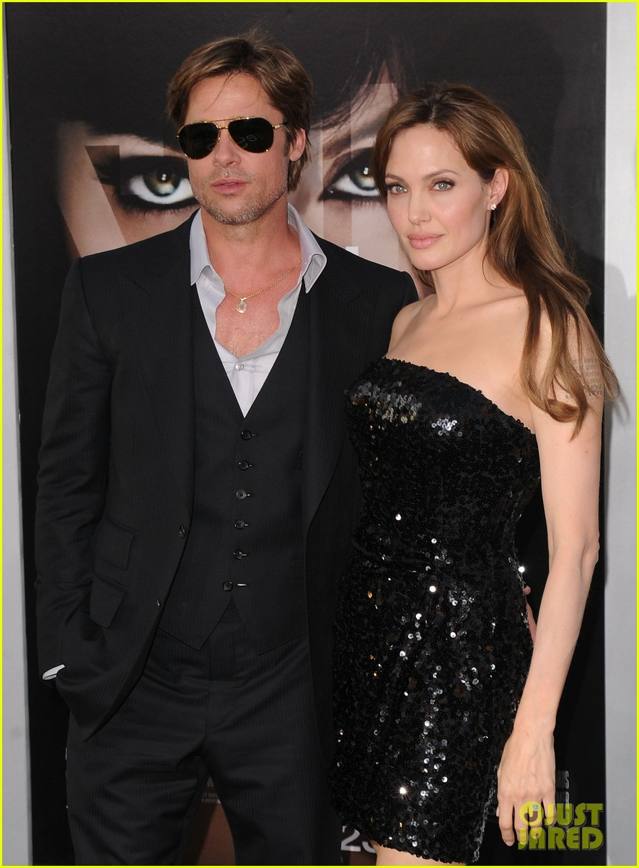angelina jolie brad pitt married 043185395
