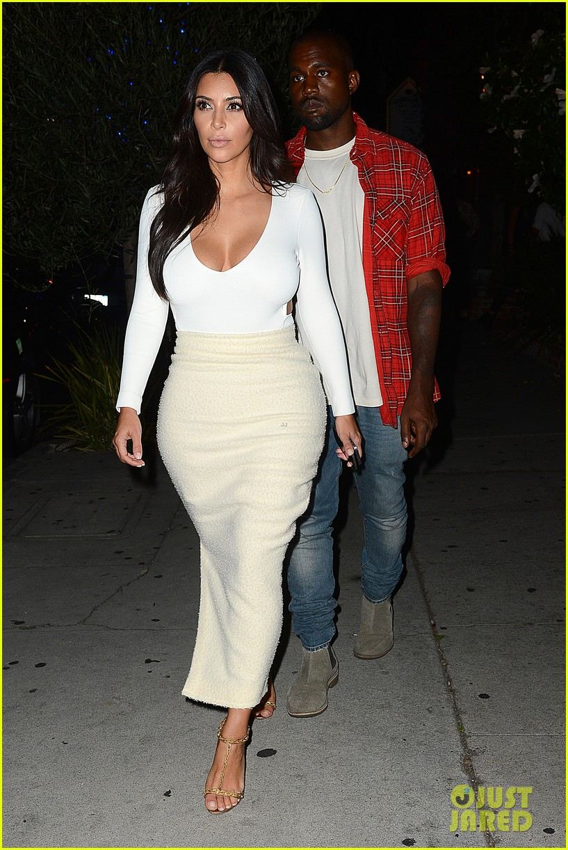 kim kardashian kanye west step out for date night 023185319