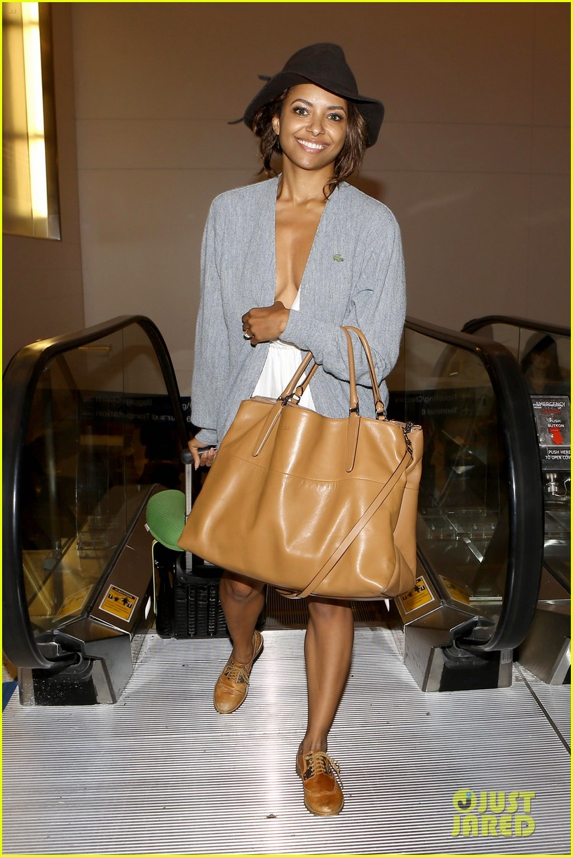 kat graham ice bucket lax arrival 09