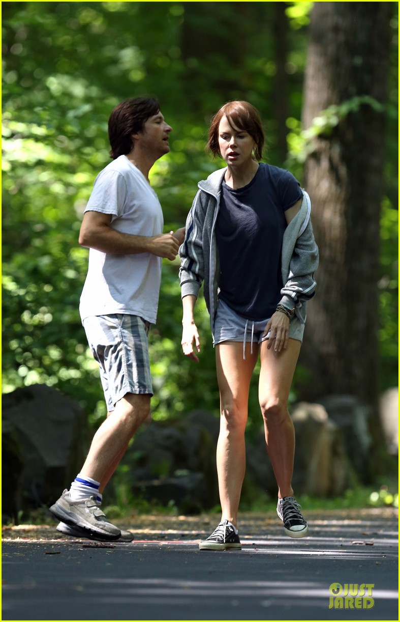 nicole kidman jason bateman hot sweaty during jog 123179238