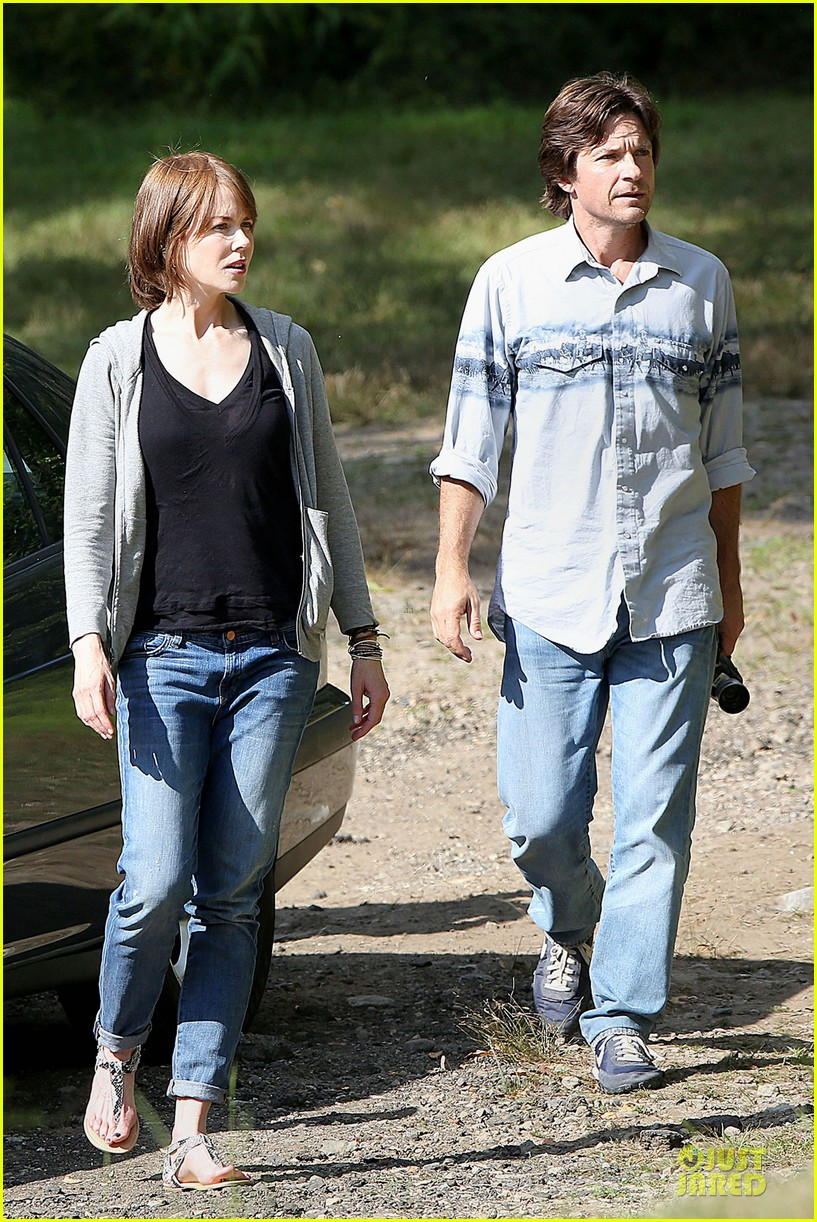 nicole kidman jason bateman wrap up week on family fang set 083177428