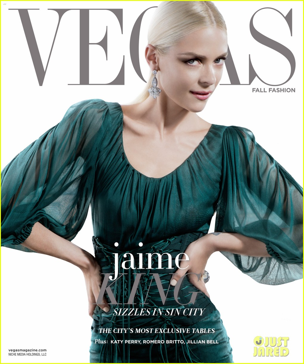 jaime king motherhood vegas magazine cover 01