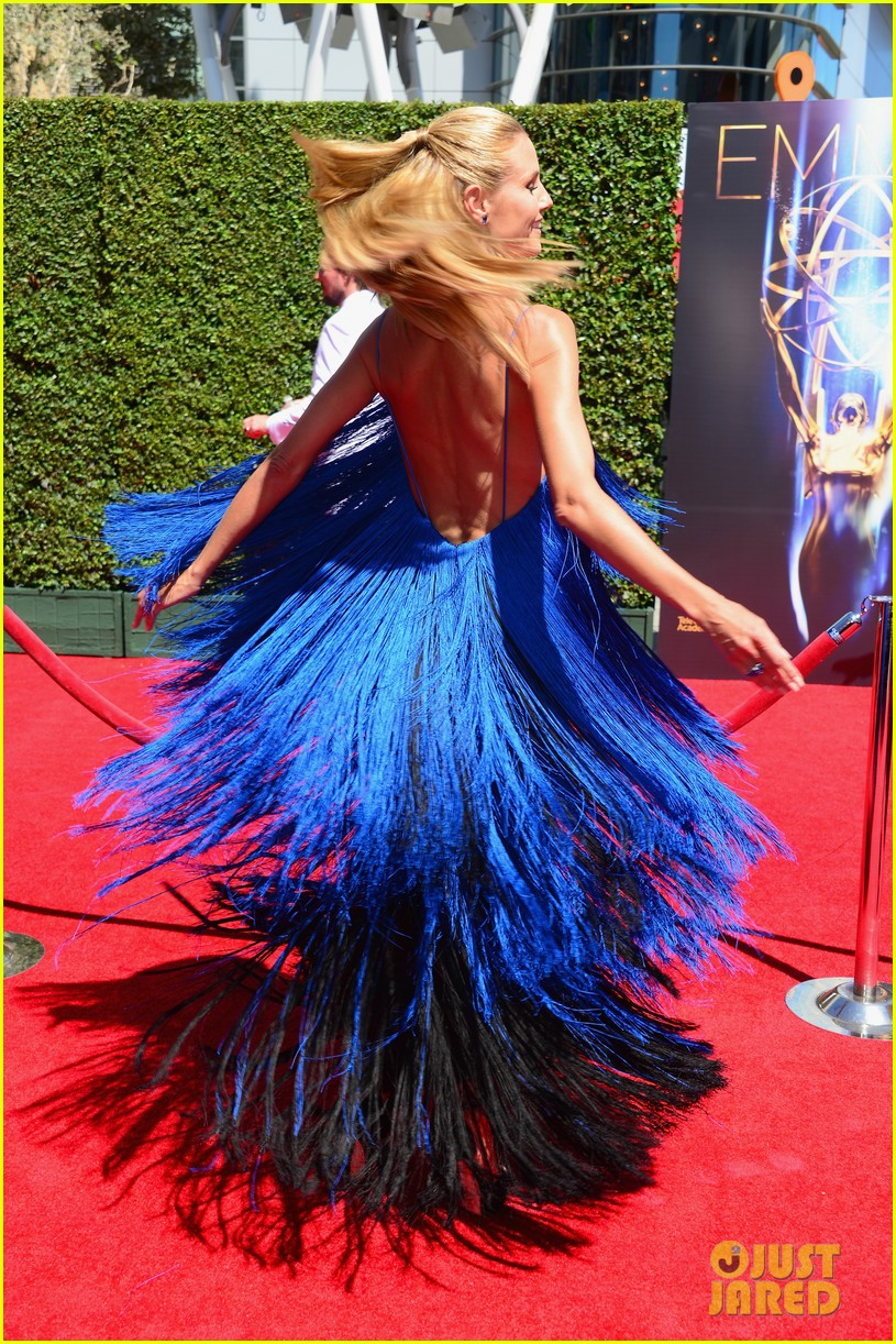 heidi klum twirls into tim gunn creative arts emmys 14
