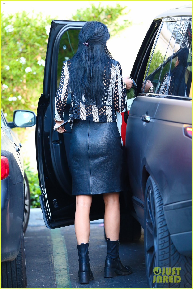 kylie kendall jenner madden girl bts video 18