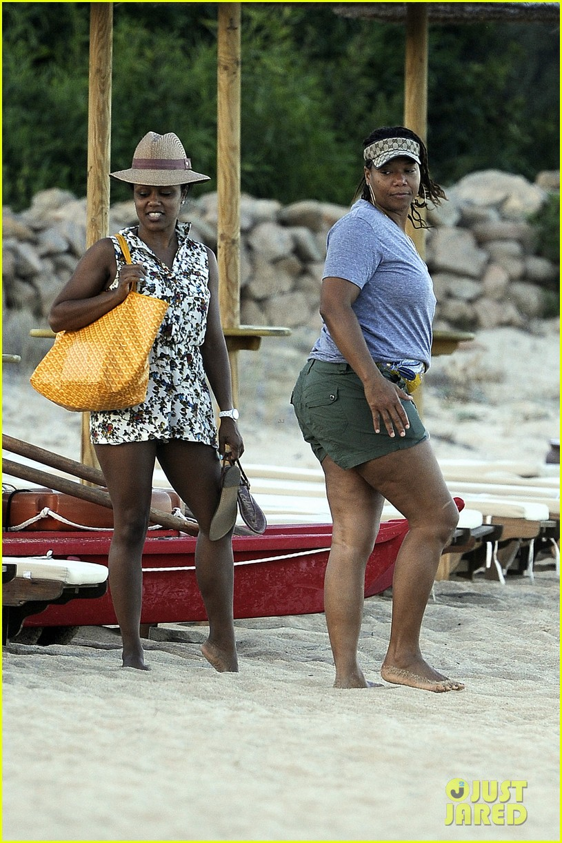 queen latifah shares kiss with girlfriend during romantic italian vaca 10