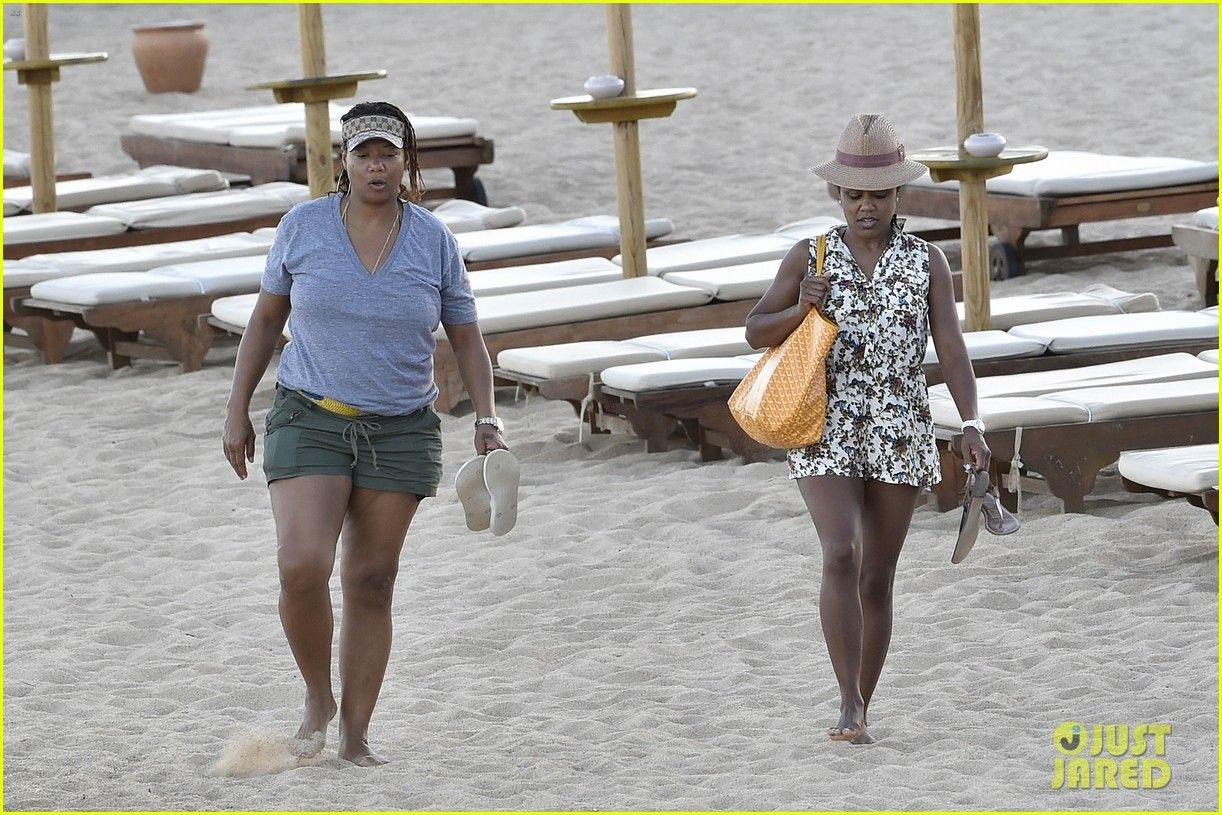 queen latifah shares kiss with girlfriend during romantic italian vaca 143178517