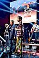 adam levine celebrates maroon 5 new album v 03