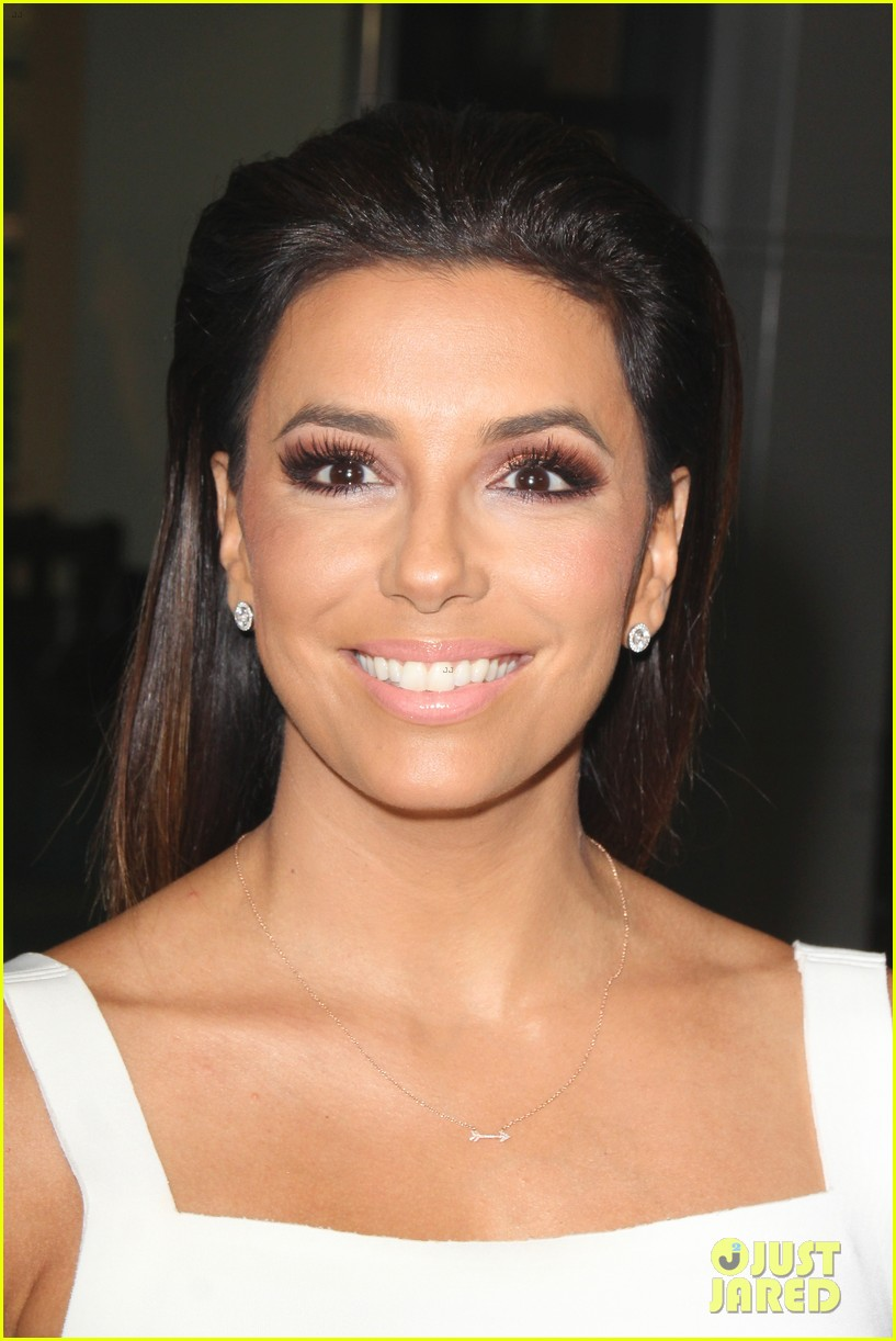 eva longoria is the lady in white at frontera l a premiere 11
