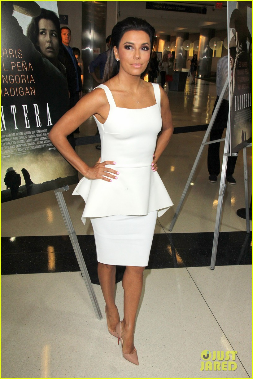 eva longoria is the lady in white at frontera l a premiere 12