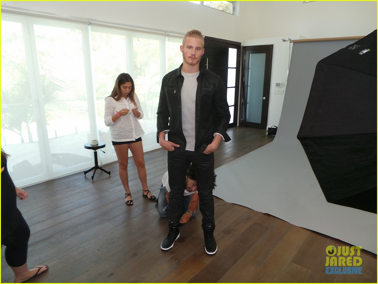alexander ludwig jj spotlight behind the scenes photos 06