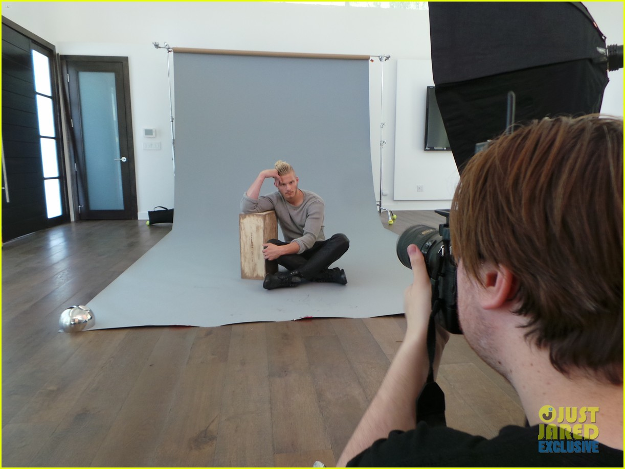 alexander ludwig jj spotlight behind the scenes photos 113179190