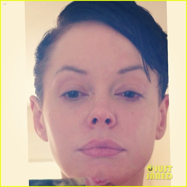rose mcgowan rocks shorter hair 02