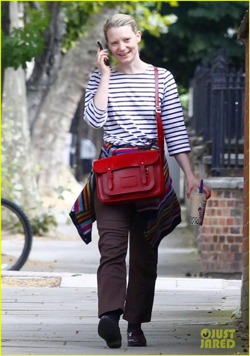 mia wasikowska funny phone call london coffee 01