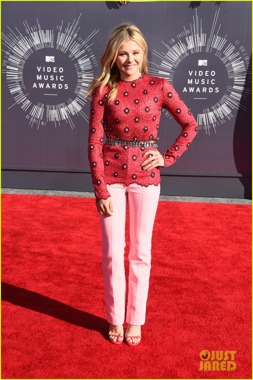 chloe moretz long sleeves mtv vmas 04