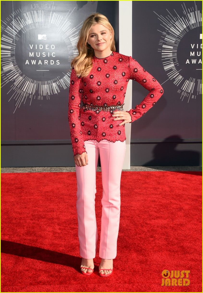 chloe moretz long sleeves mtv vmas 063182428