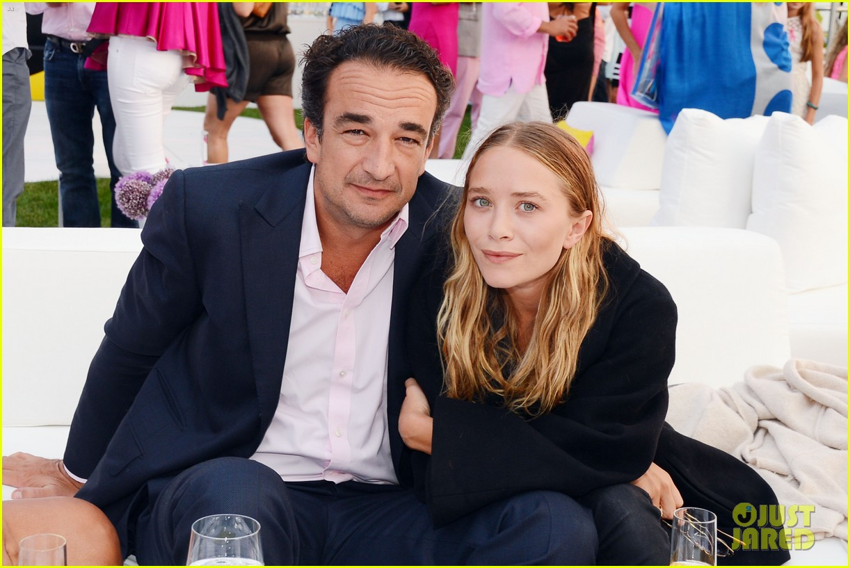 mary kate ashley olsen party pink hamptons 033178193