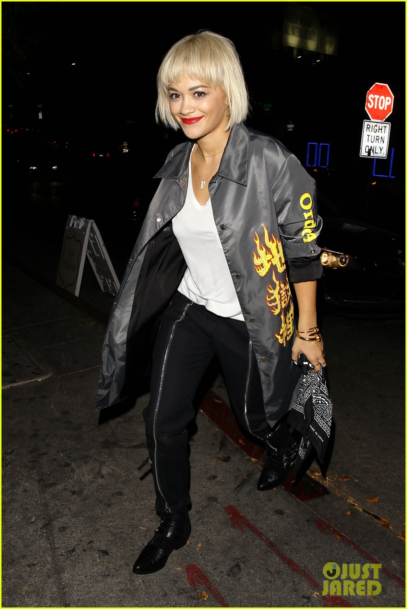rita ora chateau marmont night out 01