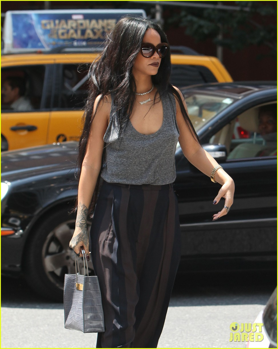 rihanna goes braless in new york city 10