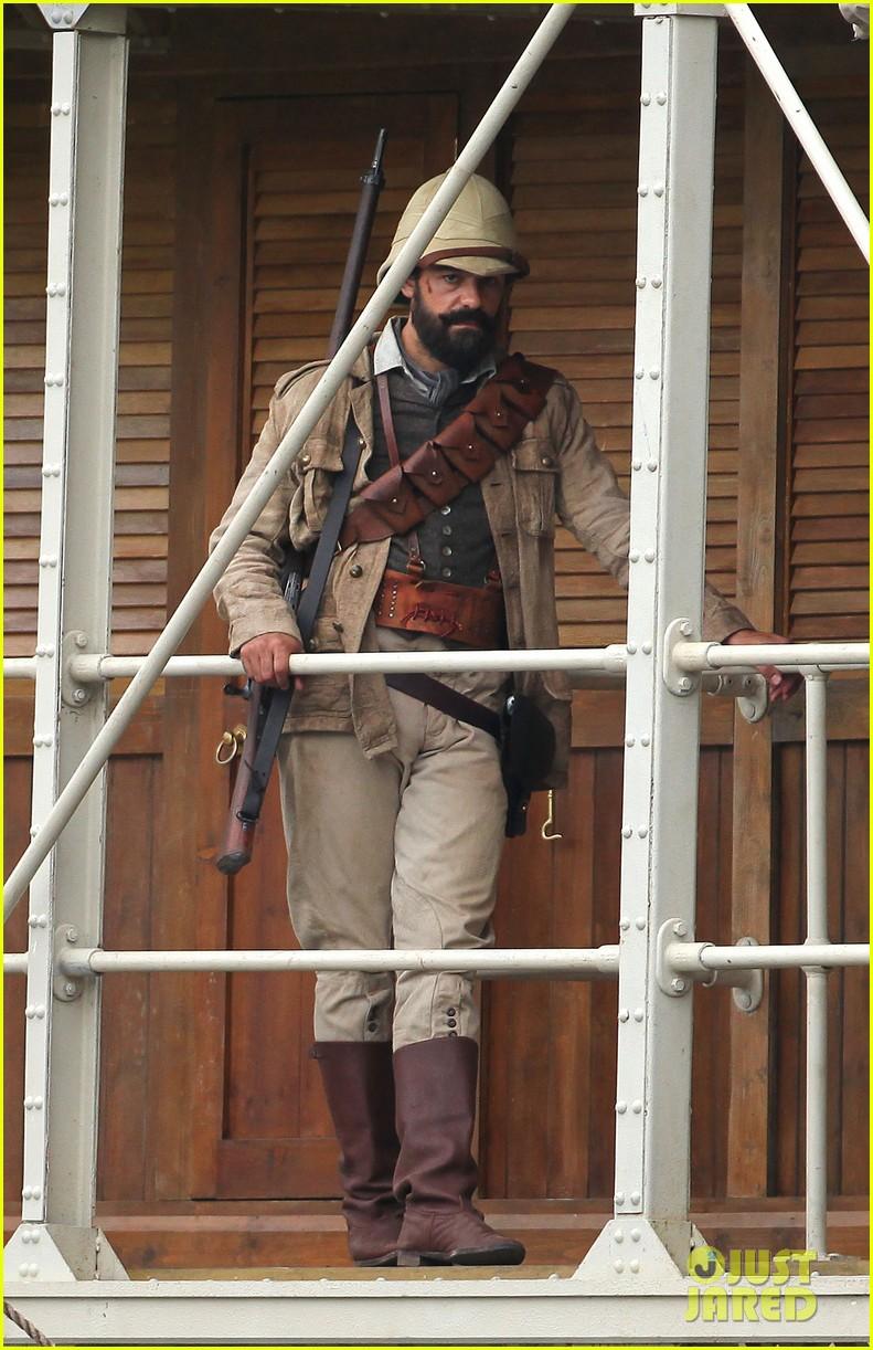 margot robbie begins filming tarzan with christoph waltz casper crump 023185975