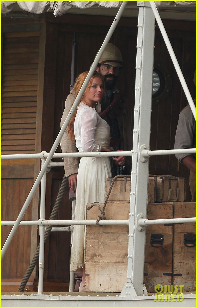 margot robbie begins filming tarzan with christoph waltz casper crump 04