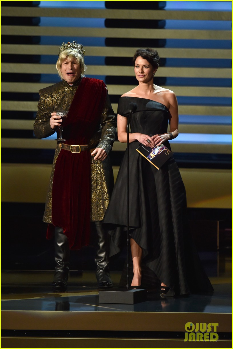 andy samberg plays game of thrones joffrey on stage at the emmys 2014 03