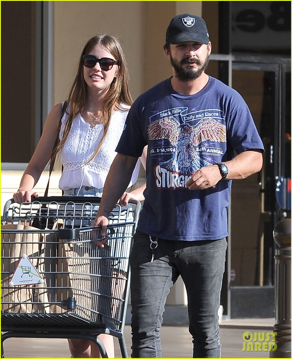 shia labeouf girlfriend mia goth lemonade lunch lovers 15