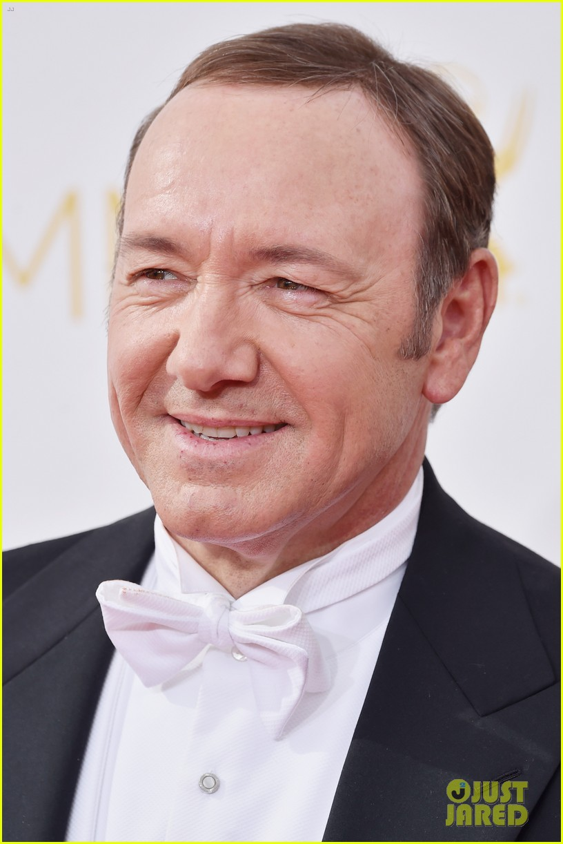 kevin spacey cane emmys 2014 02