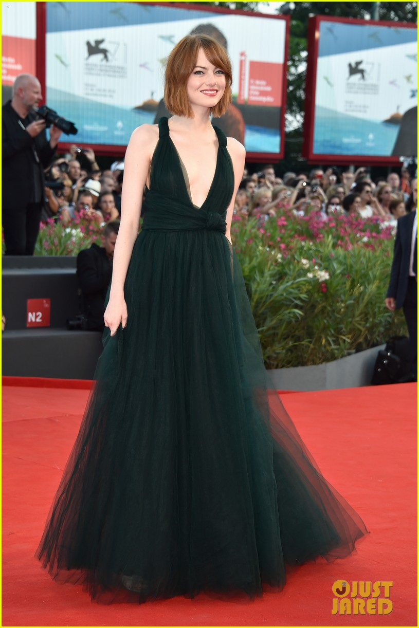 emma stone low cut dress for birdman venice premiere 083184848