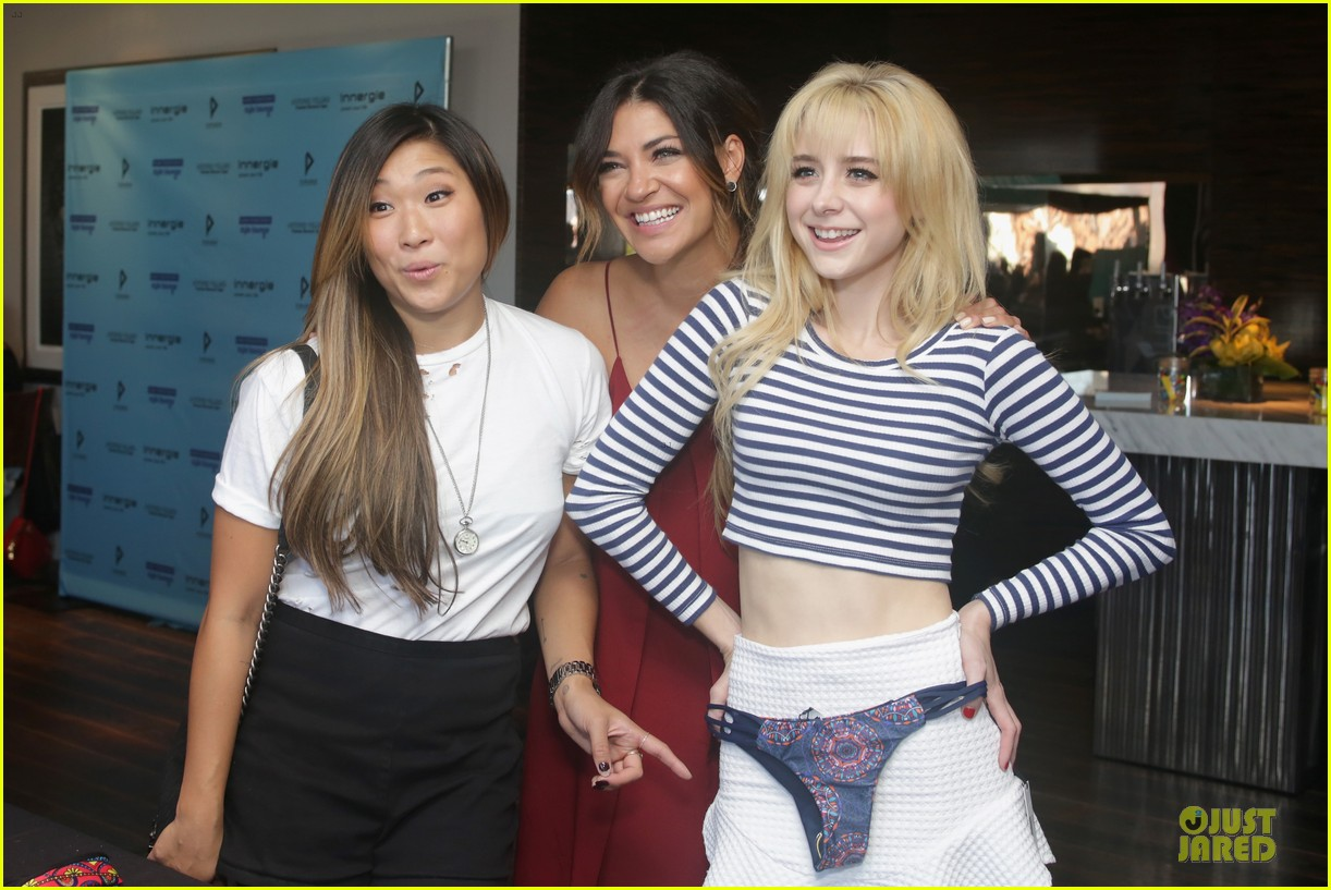 jessica szohr jenna ushkowitz meet up at kari feinstein lounge 023181955