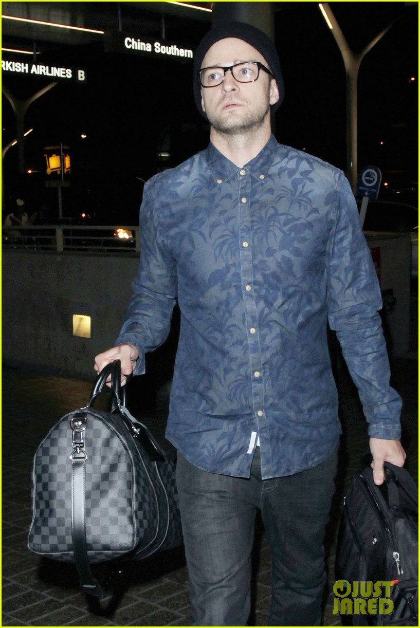 justin timberlake jets out of lax for the uk leg of his 2020 04