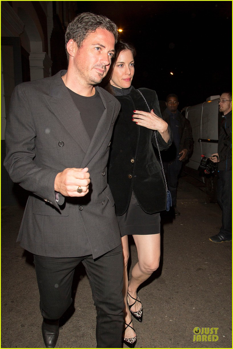 liv tyler dave gardner hold hands in london 10