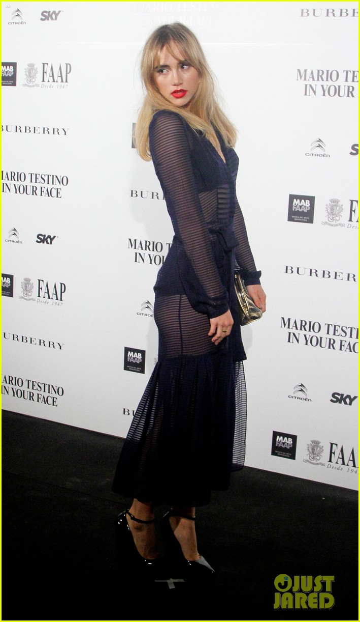suki waterhouse goes totally sheer for mario testino event 013185911